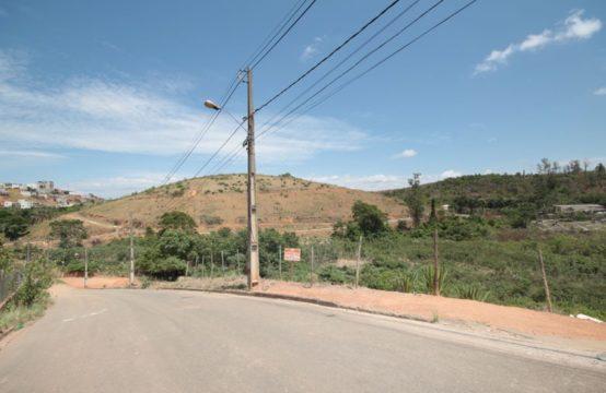 Lote a venda com 498,02 m² no Cidade Nova em Santana do Paraíso